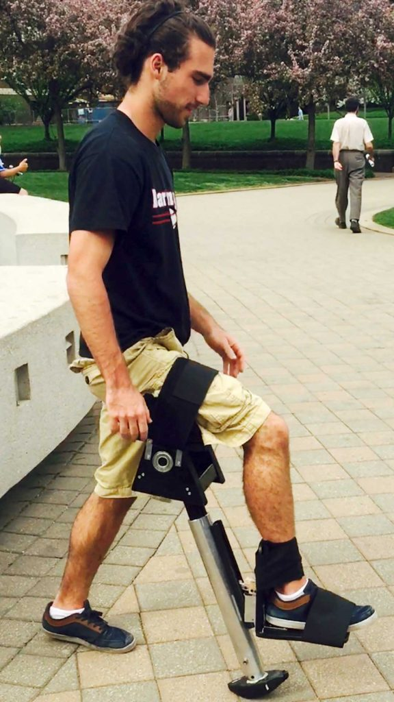 'Smart' leg mobility device